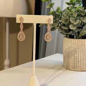💕NWOT LC Pave Double Drop Statement Earrings